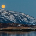 Северная Норвегия. Заполярный регион Nord Norge. Остров Senja. Полнолуние. Фото - Тамара Столбова