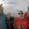 Северная Норвегия. Регион Nord Norge. Константин Галат и Григорий Корнеев с жителми острова Arnoya.  Фото – Владимир Горлов