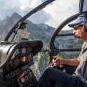 Западная Абхазия. Пилот вертолета Alouette – Сергей Навроцкий. Фото – Константин Галат