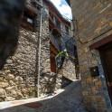 Каталония. Долина Валь де Бои. Райдер – Петр Винокуров. Фото - Константин Галат