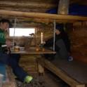 Бурятия. Зимовье в ущелье Мамай. Григорий Корнеев и Анна Ханкевич. Фото – Константин Галат