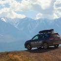Горный Алтай. Северо-Чуйский хребет. Subaru Forester - официальный авто проекта RTP. Фото - Константин Галат