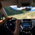Горный Алтай. Долина реки Чуя. Константин Галат за рулем Subaru Forester. Фото - Владимир Горлов